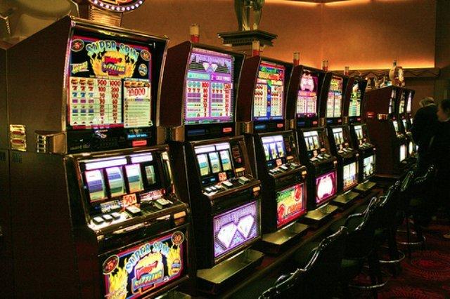 Играйте на официальном сайте казино Плей Фортуна