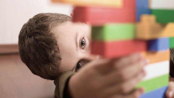 Ученые: Хроническая тревога приводит к развитию социальному аутизму