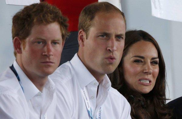 Принц Гарри получил наследство в два раза больше, чем старший брат