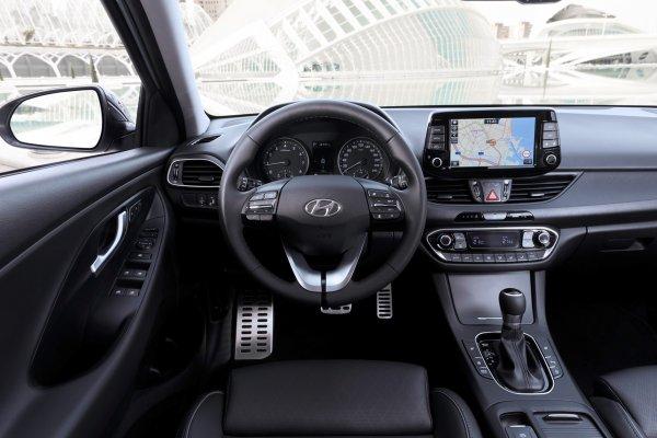 Hyundai привезёт «заряженный» i30 Fastback N в Париж