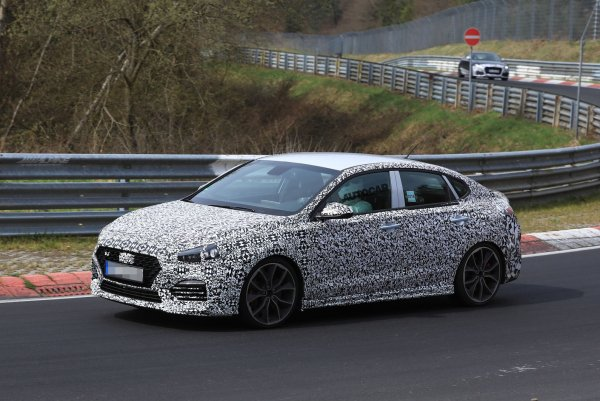 Hyundai покажет «заряженный» i30 Fastback N в Париже
