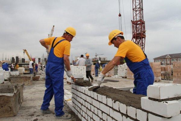 В Омске выросла потребность в строителях в два раза