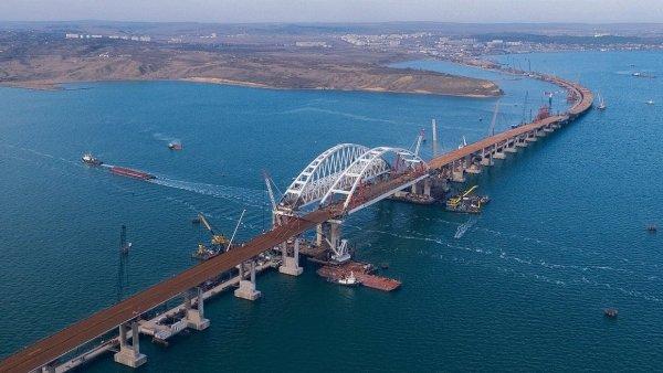 Украинцы предрекли крах Крымского моста после трагедии в Генуе