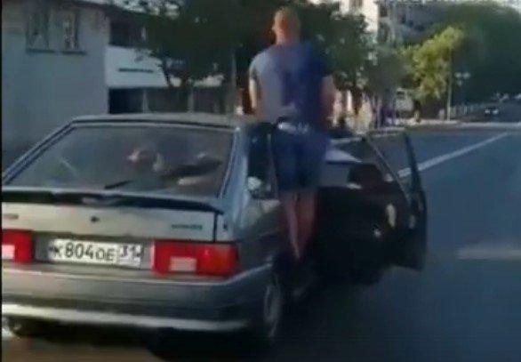 Белгородца наказали за перевозку пассажиров вне кабины