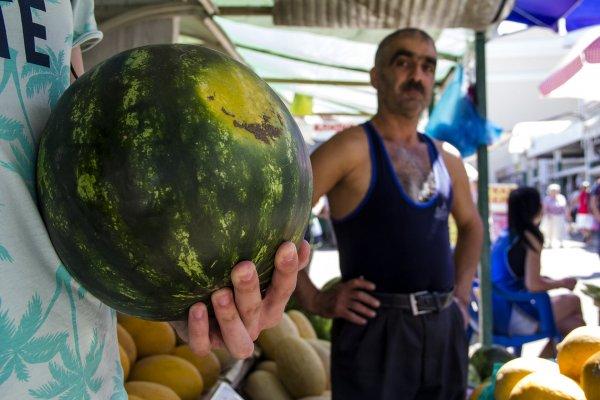 Диетологи: Популярная у россиян арбузная диета приносит только вред