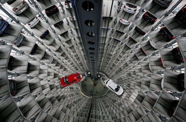 В Петербурге открылся новый цифровой шоу-рум Volkswagen