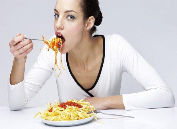 Диетологи: Отказ от макарон и прочих углеводов может быть опасен для здоровья