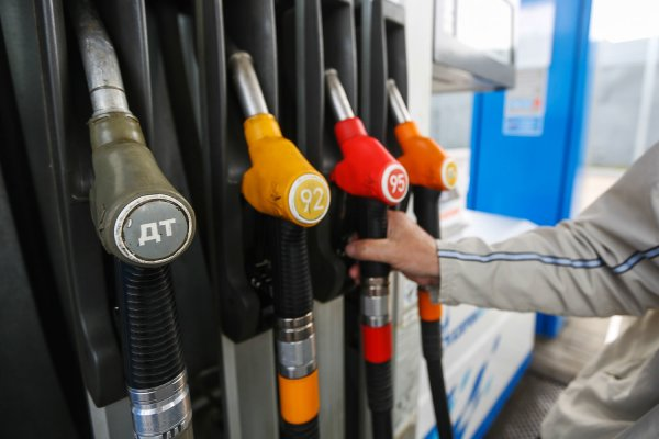 Бензин нынче дорог: Глава Кузбасса Цивилев высказался о повышении цен на горючее