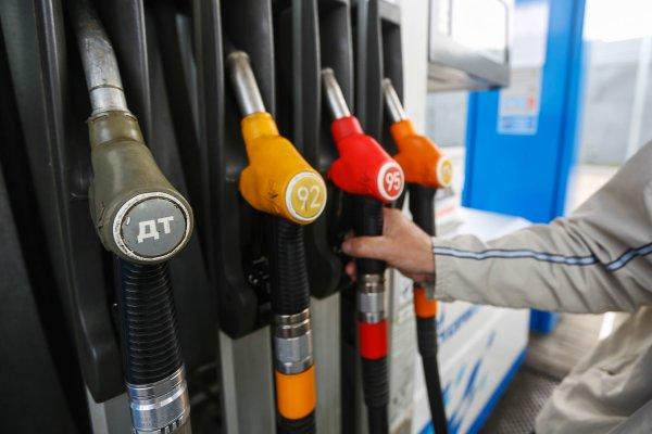 Банк России ожидает урегулирования цен на бензин