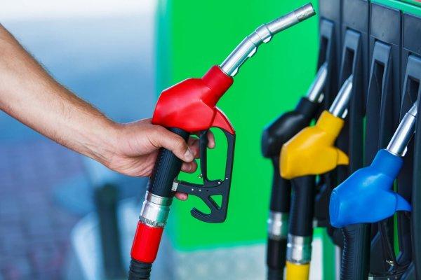 Эксперты рассказали, какие действия предпринимать в случаи недолива топлива на АЗС
