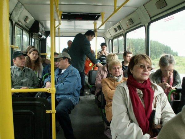 Пора велик покупать: Ростовчане жалуются на перебои с общественным транспортом