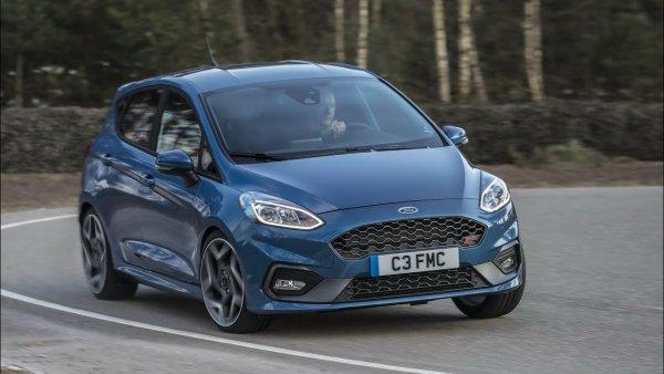 На видео продемонстрированы скоростные достижения нового Ford Fiesta ST