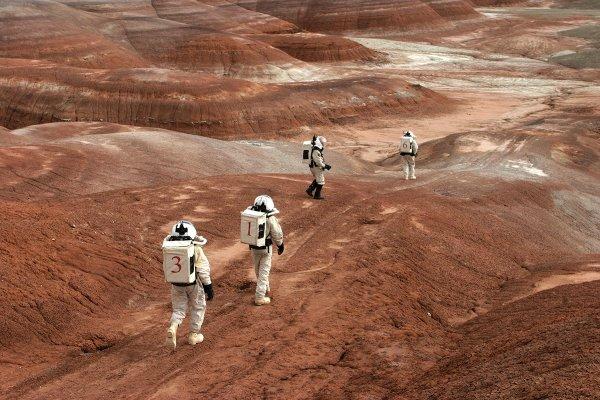 Ученые придумали, как создавать дешевую марсианскую почву