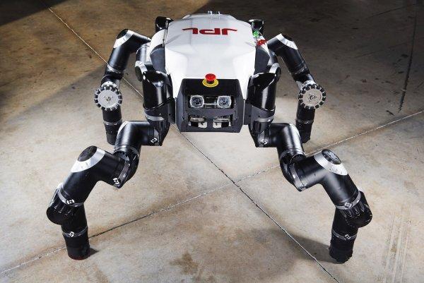 Швейцарские ученые разработали четвероногого робота на колесах