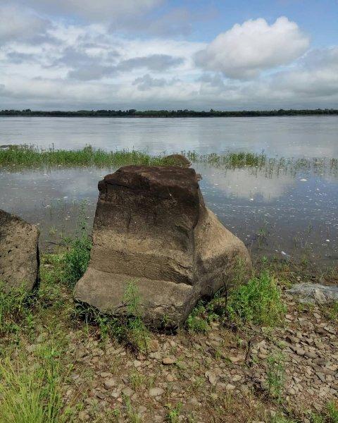 В Хабаровском крае обнаружили неизвестные науке древние наскальные рисунки