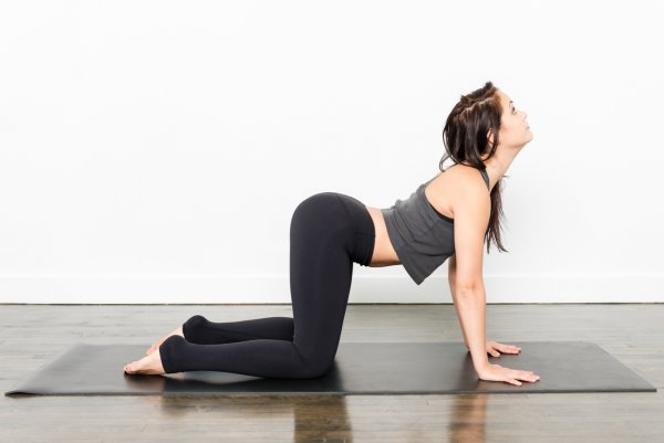 Йоги рассказали, в какую позу встать для улучшения секса