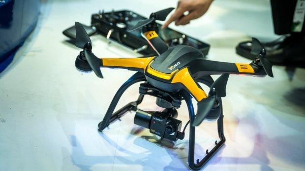 Ученые столкнули дрон с самолетом на скорости 383 км/ч