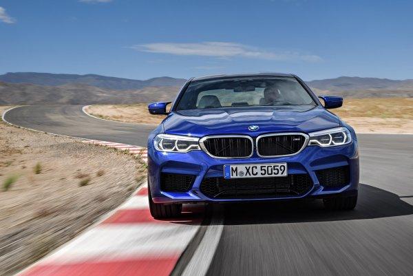 В РФ отзывают 85 спортседанов BMW M5 из-за глохнувших моторов