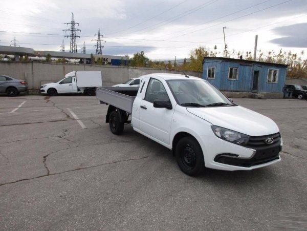 В России стартовали продажи пикапа на базе обновлённой LADA Granta