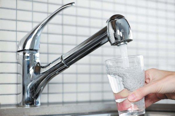 Власти Сочи опровергли слухи о перебоях с питьевой водой