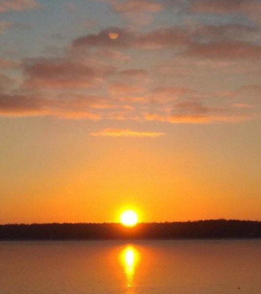 «Звезда смерти» подобралась к Солнцу: Жители Екатеринбурга увидели Нибиру – соцсеть