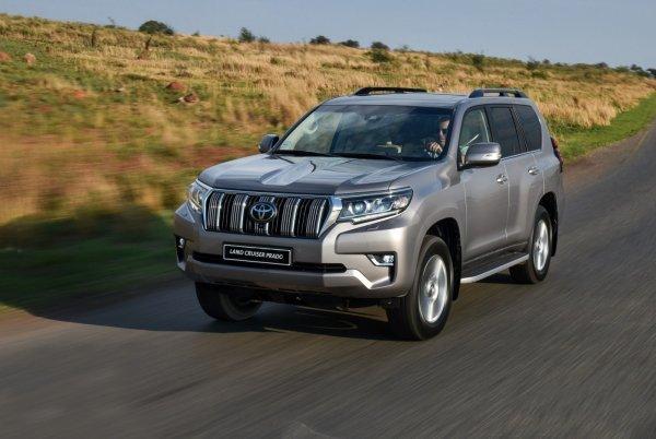 «Японцы» с вторички: Чем Toyota Land Cruiser Prado лучше Mitsubishi Pajero рассказал эксперт