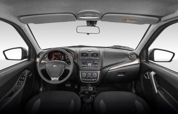 Плафон больше не гаснет: Владельцы LADA Granta FL нашли способ исправить «косяк» от «АвтоВАЗ»