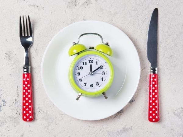 Ученые: Диета «12:12» поможет похудеть и продлить жизнь
