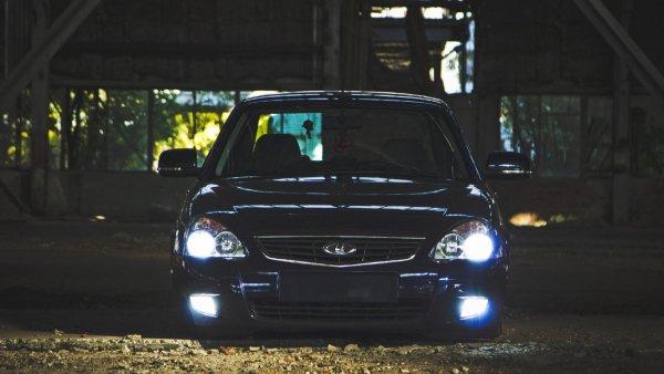 «Самая чёткая»: LADA Priora с пневмоподвеской Subaru восхитила сеть