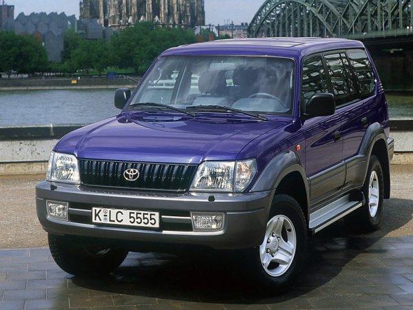 Автоледи восхитила сеть познанием о глохнущем Toyota Land Cruiser Prado