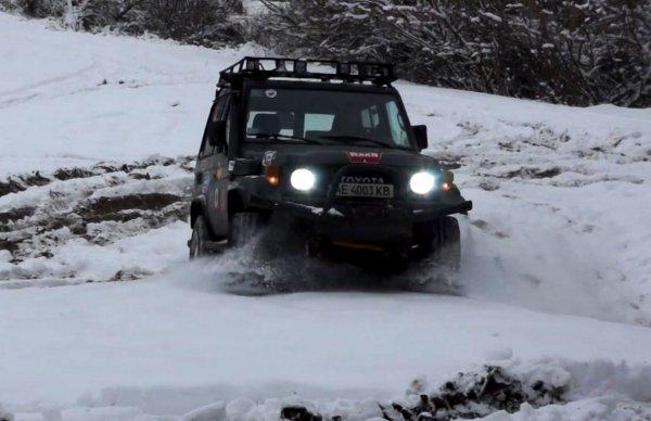 Зима, снег, «Крузак»: На видео показали готовность Toyota Land Cruiser 70 к русской зиме